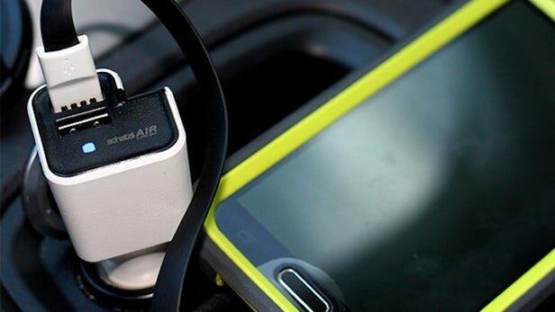 ابداع دستگاه تصفیه هوای فندکی برای داخل خودرو