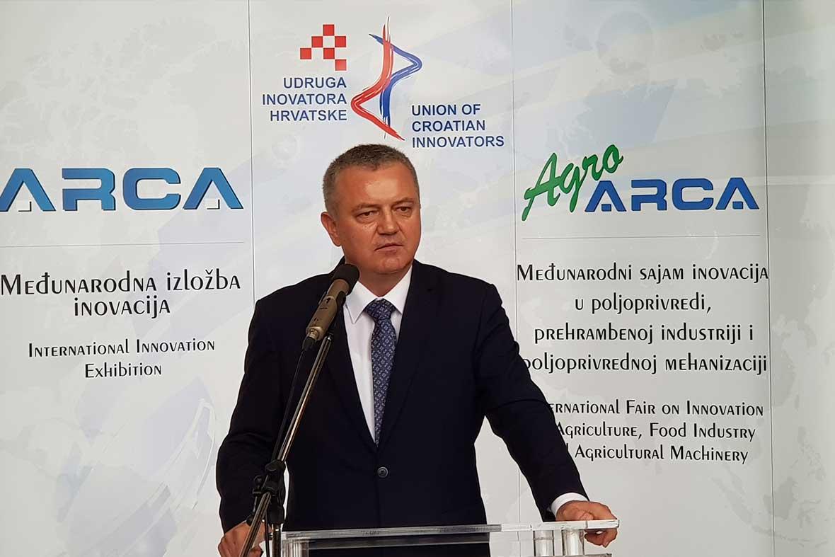 سخنرانی آقای دارکو هروات وزیر اقتصاد و کارآفرینی کشور کرواسی در مراسم افتتاحیه نمایشگاه