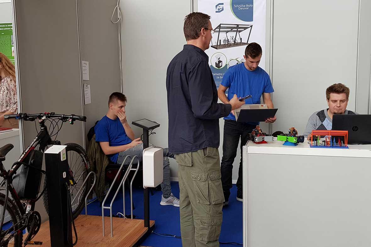 غرفه مخترعان جوان کشور کرواسی