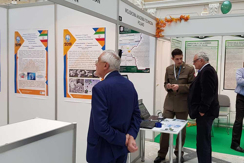بازدید از اختراعات ارائه شده توسط مخترعین کشور ایران