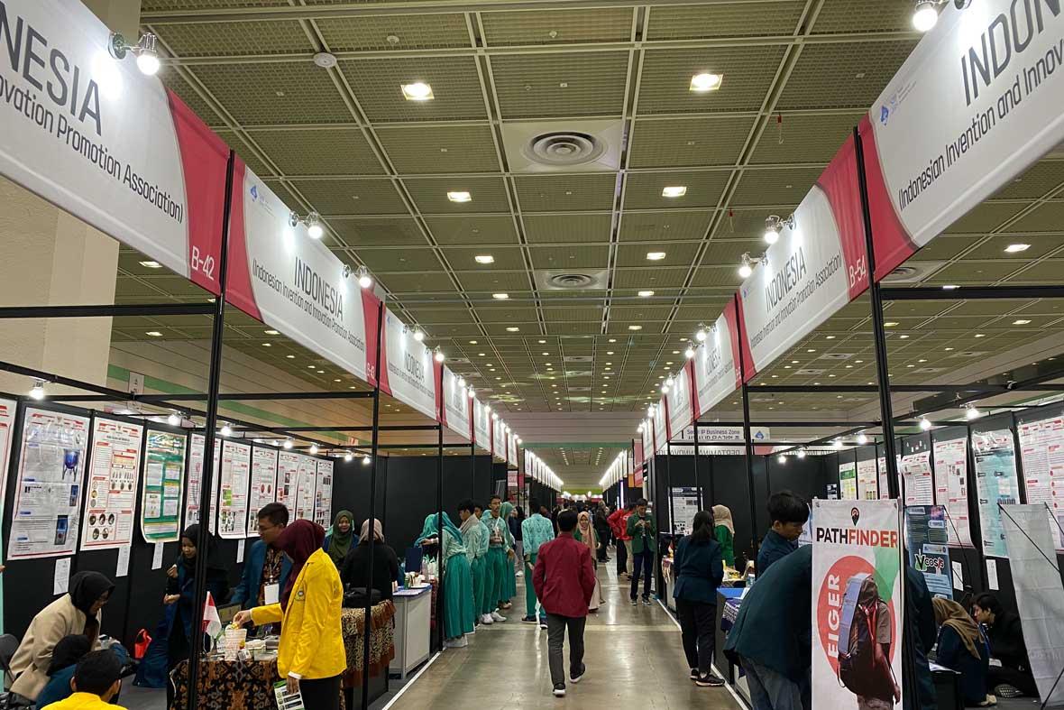 غرفه مخترعان کشور اندونزی در نمایشگاه کره
