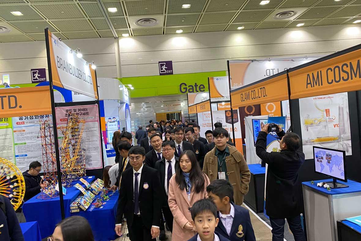 بازدید عمومی از اختراعات ارائه شده در نمایشگاه