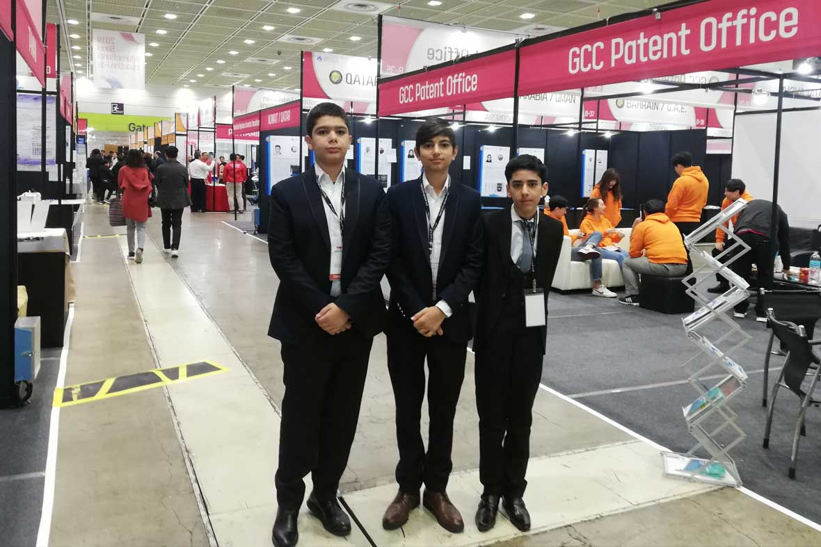 تیم دانش آموزی مدرسه هوشمند کرمانشاه در نمایشگاه کره جنوبی