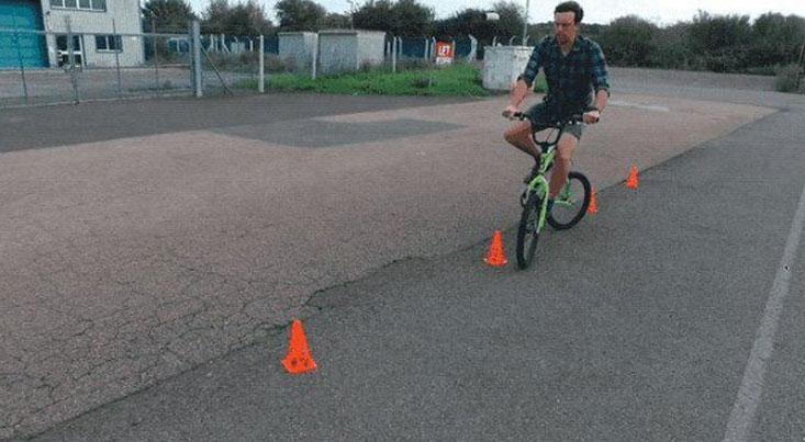 دوچرخه عجیب و غریب برای عبور از موانع دشوار