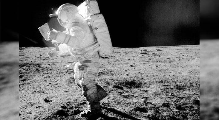 لباس های فضایی آینده با پرتوهای الکترون تمیز می شوند