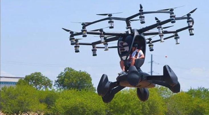 خودروی پرنده با ۱۸ پروانه آزمایش شد