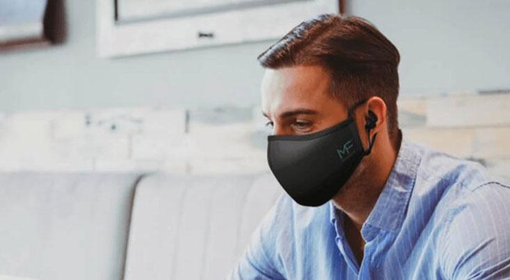ماسک طبی مناسب برای صحبت کردن با موبایل از راه رسید